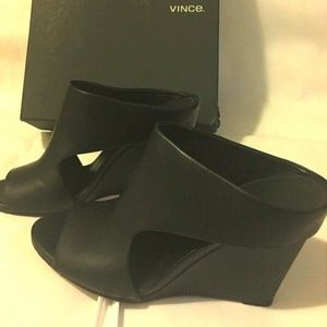 VINCE Womens Cutout OpenToe sanda 38.5